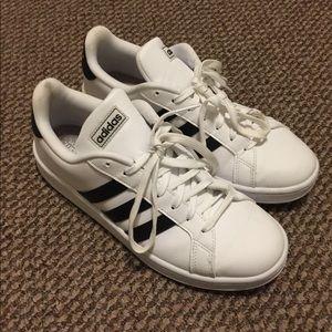 • cloudfoam sneakers •